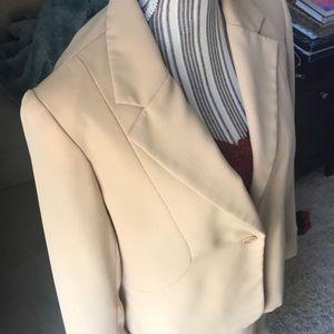 2 piece Suit (Blazer & Skirt) by Karen Scott